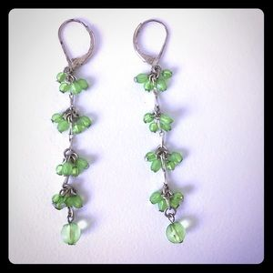Jewelry - 🐶 (3/$20!) 🌱 Dangle earrings green beads EUC